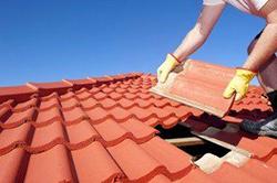 Pourquoi rénover le toit de son habitat à Samoussy ?